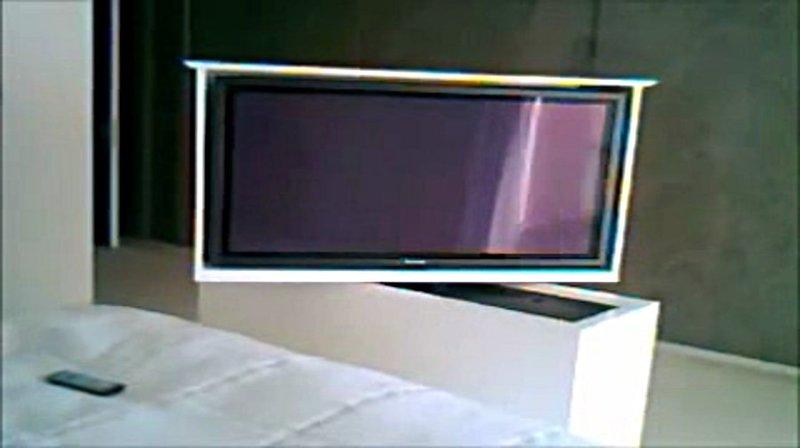 Tv moving mlube sollevatore tv motorizzato da incasso for Mobili per pc a scomparsa