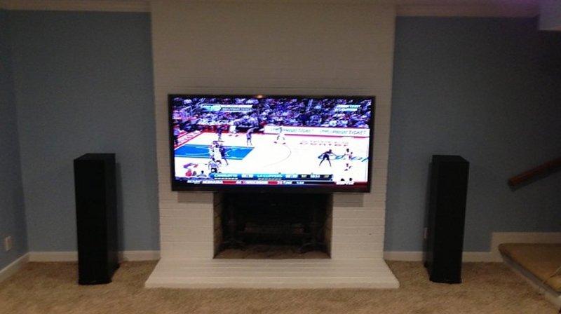 Tv moving ead supporto tv motorizzato da parete per tv a - Supporto tv da parete ...