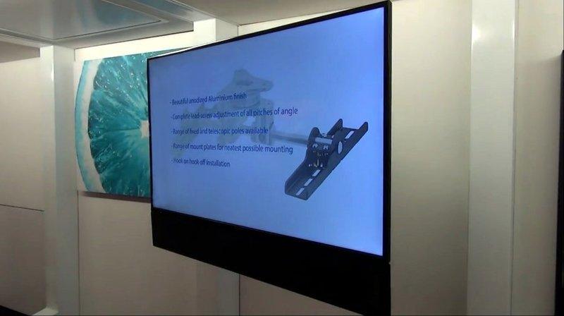 TV MOVING MLWQ - Staffa tv motorizzata da parete per tv a muro con avanzamento e rotazione a ...