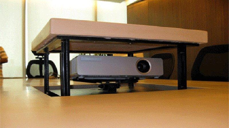 Tv moving mpbl ascensore per videoproiettore motorizzato da incasso mobile per proiettore a - Tv a scomparsa nel mobile ...